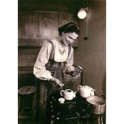 Paula-tyttö vuodelta 1950