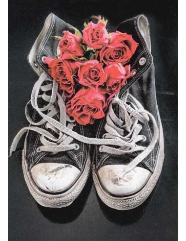 Tennarit ja punaiset ruusut